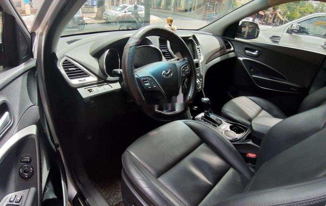 Xe Hyundai Santa Fe năm sản xuất 2015 còn mới2