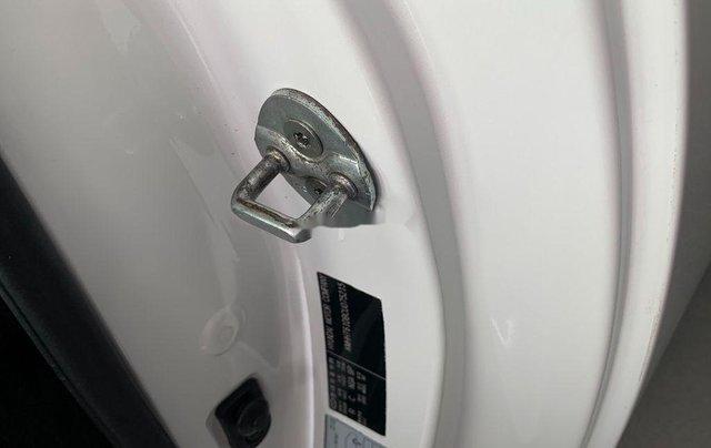 Cần bán lại xe Hyundai Genesis 2014, màu trắng, xe nhập còn mới, giá 520tr6