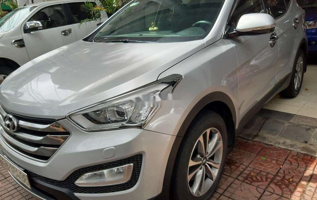 Xe Hyundai Santa Fe năm sản xuất 2015 còn mới4