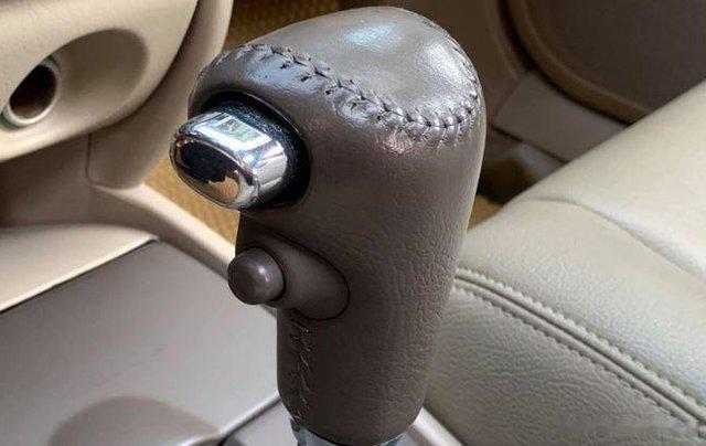 Bán Ford Laser sản xuất năm 2004, màu bạc còn mới giá cạnh tranh5
