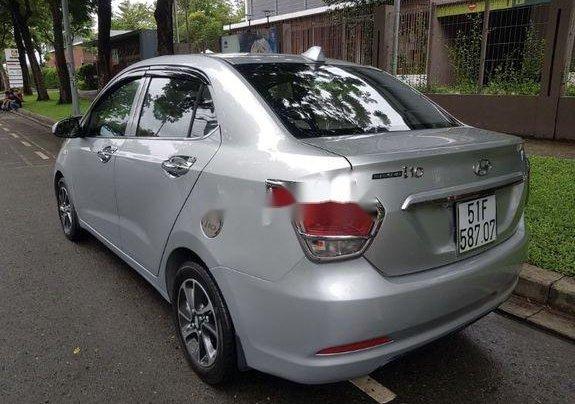 Cần bán lại xe Hyundai Grand i10 đời 2015, màu bạc số sàn3