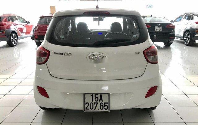 Cần bán lại xe Hyundai Grand i10 đời 2016, màu trắng, nhập khẩu, giá 339tr3