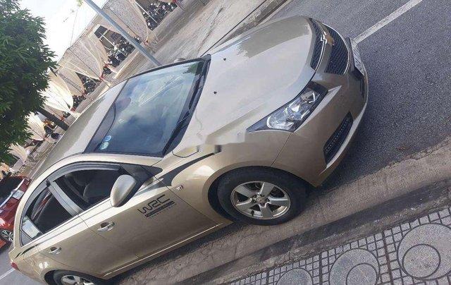 Cần bán gấp Chevrolet Cruze sản xuất năm 2010, xe nhập, giá cực thấp8