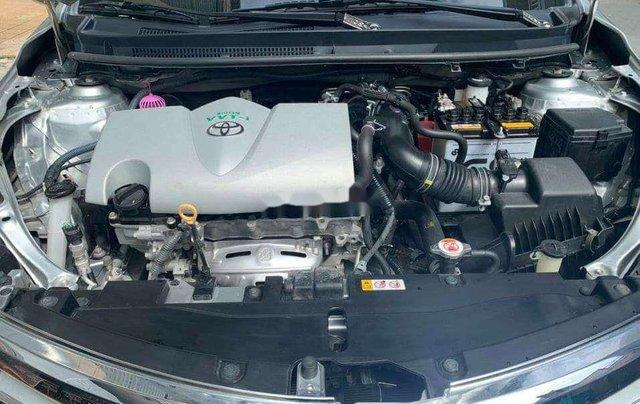 Bán ô tô Toyota Vios đời 2017, màu bạc, giá tốt1