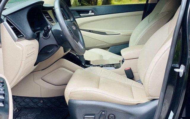 Cần bán gấp Hyundai Tucson năm sản xuất 2019, chính chủ sử dụng5