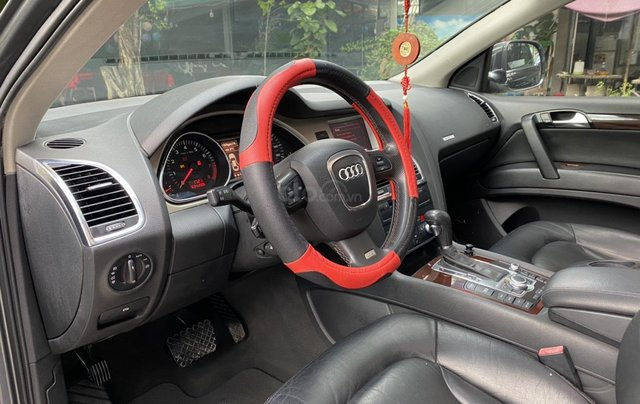 Bán nhanh Audi Q7 4.2L AWD, km 103.0008