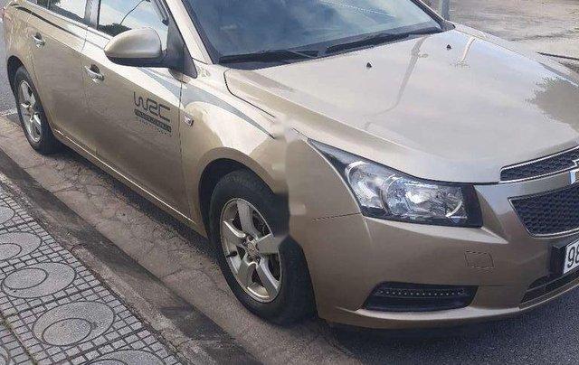 Cần bán gấp Chevrolet Cruze sản xuất năm 2010, xe nhập, giá cực thấp0
