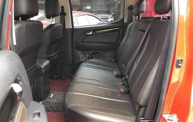 Cần bán xe Chevrolet Corolado HC 2.8L 4x4AT đời  2017, màu đỏ đẹp5