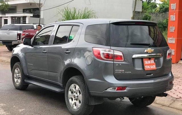 Cần bán xe Chevrolet Trailblazer sản xuất 2018, màu xám bạc2