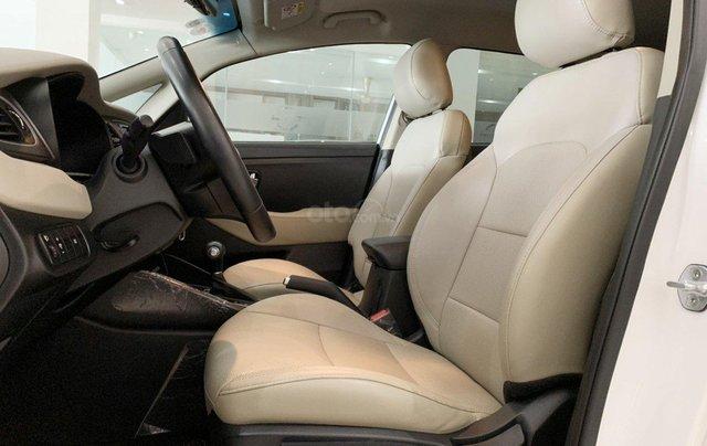 Bán xe Kia Rondo 2.0GAT, SX 2018 mới như xe hãng8