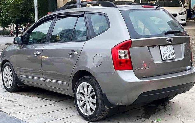 Bán ô tô Kia Carens sản xuất năm 2011, màu xám còn mới3