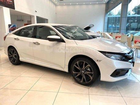 [Duy nhất tháng 11] Honda Civic khuyến mại cực hấp dẫn, hỗ trợ Bank 80% giá trị xe, trả trước 300 triệu nhận xe ngay2