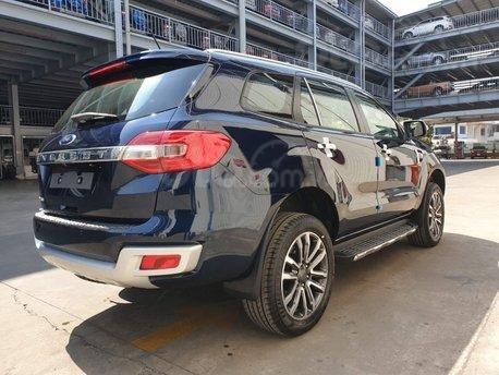 [Siêu ưu đãi] Ford Everest 2020 - nhanh tay nhận ngay ưu đãi 50% trước bạ và nhiều phụ kiện chính hãng hấp dẫn3