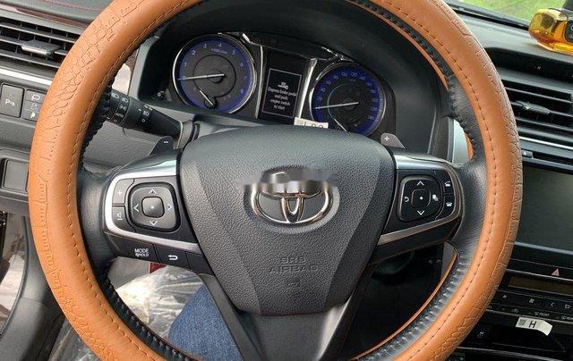 Bán Toyota Camry sản xuất năm 2018, xe một đời chủ giá ưu đãi9