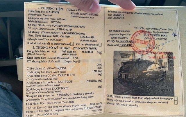 Cần bán lại xe Toyota Fortuner đời 2012, màu đen, nhập khẩu nguyên chiếc, giá chỉ 530 triệu9