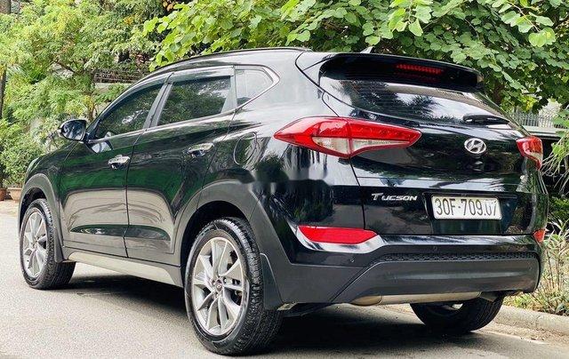Cần bán gấp Hyundai Tucson năm sản xuất 2019, chính chủ sử dụng2