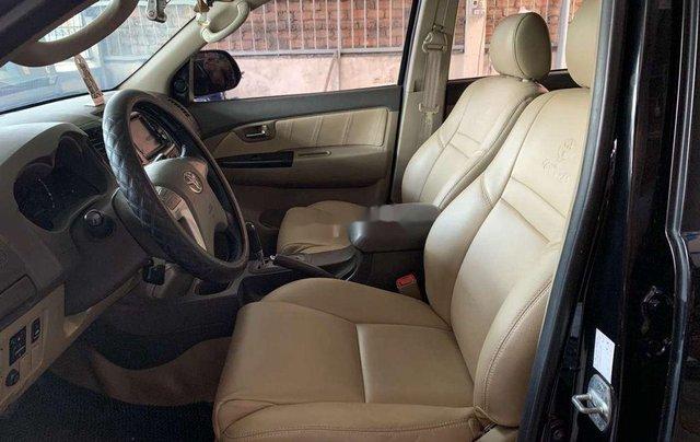 Cần bán lại xe Toyota Fortuner đời 2012, màu đen, nhập khẩu nguyên chiếc, giá chỉ 530 triệu8