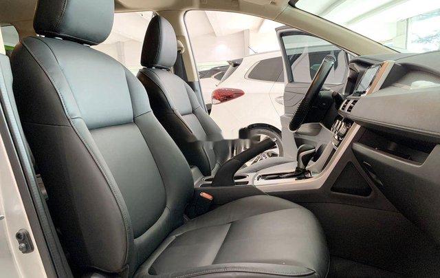 Bán Mitsubishi Xpander đời 2020, màu bạc, xe nhập số tự động 8