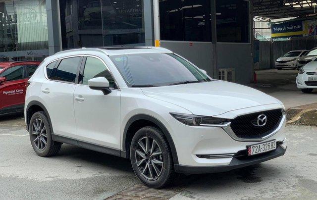 Cần bán Mazda 5 2.5AT đời 2019, màu trắng, giá chỉ 878 triệu1