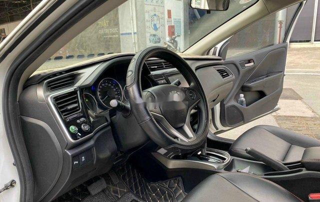 Bán gấp chiếc Honda City năm sản xuất 2018, giá thấp, động cơ ổn định4