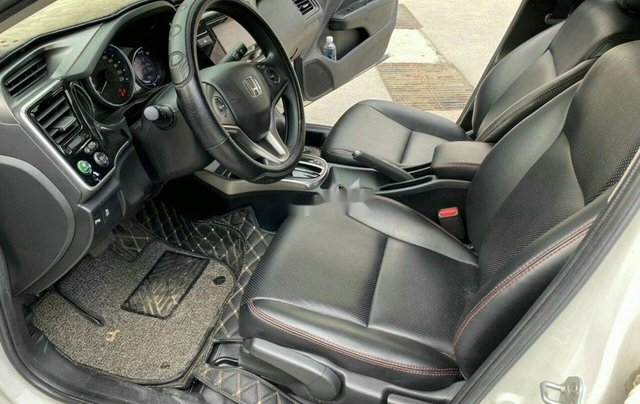 Bán gấp chiếc Honda City năm sản xuất 2018, giá thấp, động cơ ổn định5