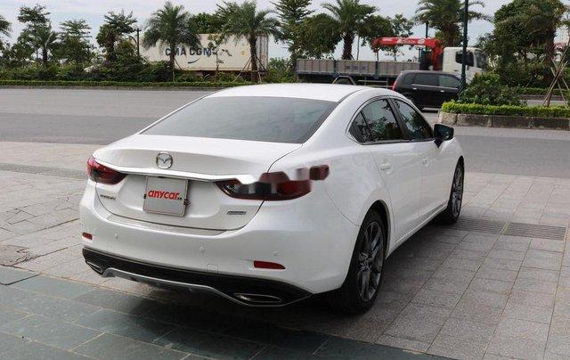 Cần bán xe Mazda 6 sản xuất 2018, xe chính chủ giá thấp, động cơ ổn định3
