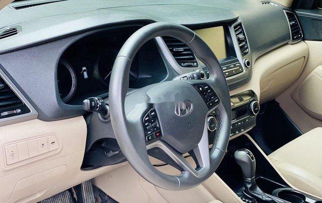 Cần bán gấp Hyundai Tucson năm sản xuất 2019, chính chủ sử dụng7