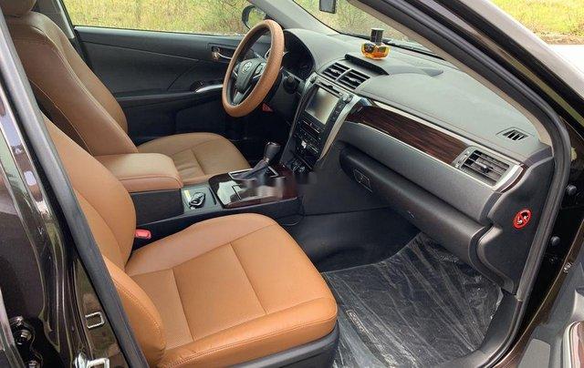 Bán Toyota Camry sản xuất năm 2018, xe một đời chủ giá ưu đãi6