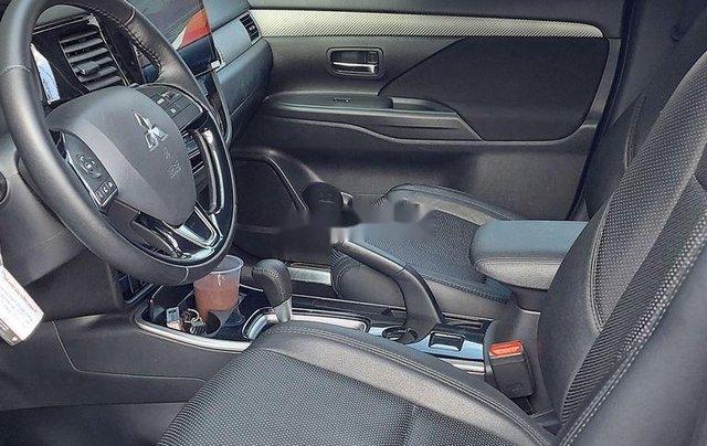 Bán Mitsubishi Outlander năm 2019 còn mới giá cạnh tranh7