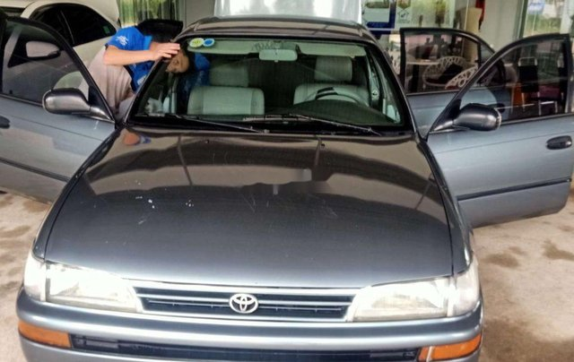 Bán Toyota Corolla năm sản xuất 1996, xe nhập, giá tốt, xe gia đình sử dụng0