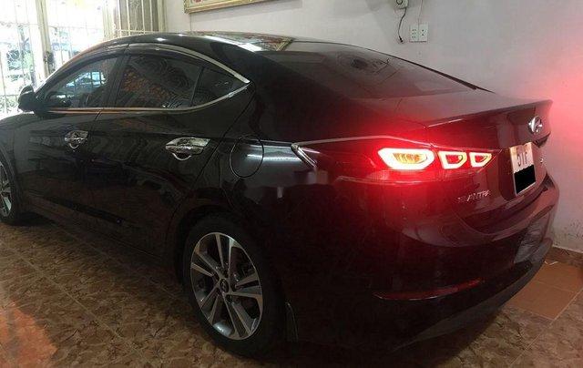 Bán xe Hyundai Elantra đời 2016, màu đen5