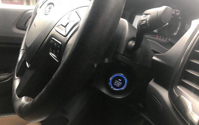 Bán xe Ford Ranger Wildtrak 3.2 năm 2015, màu đen, giá chỉ 660 triệu9