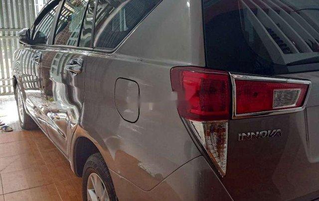 Bán Toyota Innova 2017, nhập khẩu chính hãng6