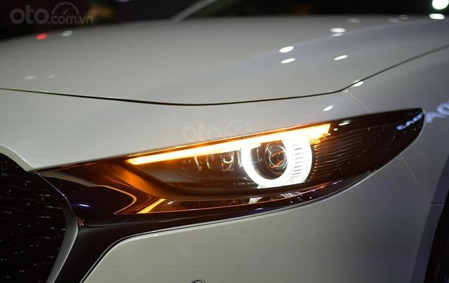 Mazda Biên Hòa - All New Mazda 3 2020 - ưu đãi lên đến 70tr - tặng phiếu bảo dưỡng dịch vụ 5tr - hỗ trợ trả góp đến 80%4