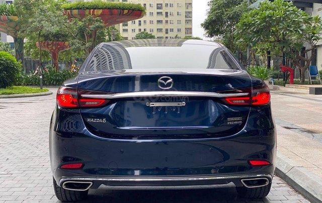 Bán nhanh với giá ưu đãi nhất chiếc Mazda 6 2.0 bản full kịch Premium sản xuất 2020, xe mới hoàn toàn3