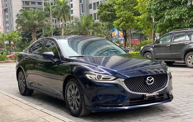 Bán nhanh với giá ưu đãi nhất chiếc Mazda 6 2.0 bản full kịch Premium sản xuất 2020, xe mới hoàn toàn0