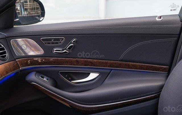 Mercedes-Benz S450L, xe lướt 50km, tặng bảo hiểm + phụ kiện đặc biệt11