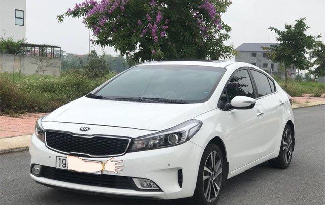 Bán ô tô Kia Cerato sản xuất 2018, màu trắng mới 95% giá 538 triệu đồng0