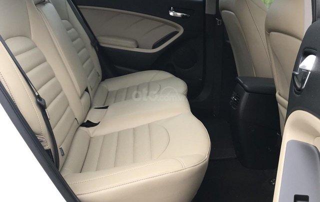 Bán ô tô Kia Cerato sản xuất 2018, màu trắng mới 95% giá 538 triệu đồng5