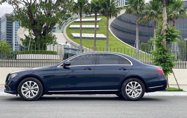 Hỗ trợ mua xe giá tốt với chiếc Mercedes -Benz E200 đời 2017, chính chủ sử dụng còn mới1
