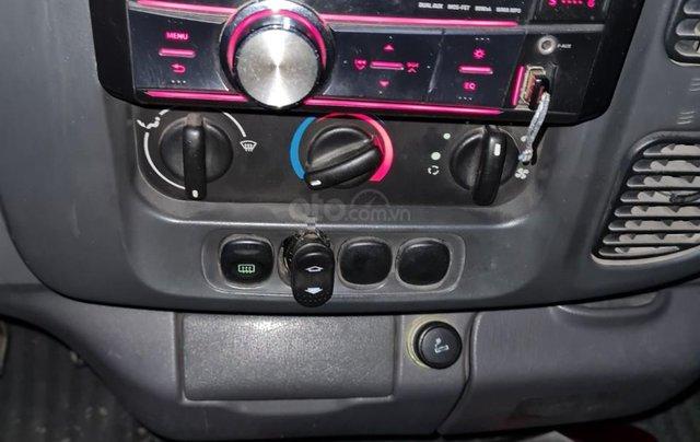 Xe Ford Transit 16 chỗ máy dầu 2 4 xe 4 cửa nội thất vàng chạy 12 0000km 8L /100km xe Việt Nam SX 20056