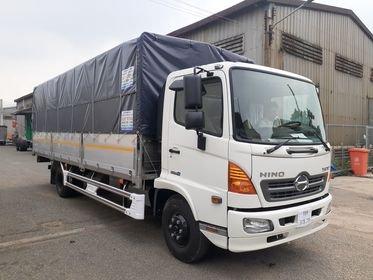 Xe Hino 6.5 tấn khuyến mãi trước bạ0