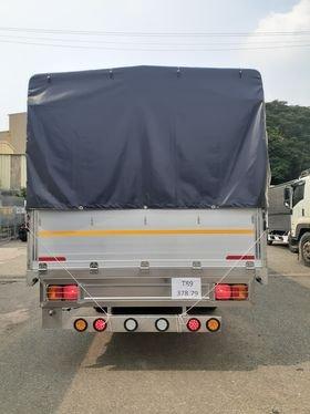 Xe Hino 6.5 tấn khuyến mãi trước bạ4