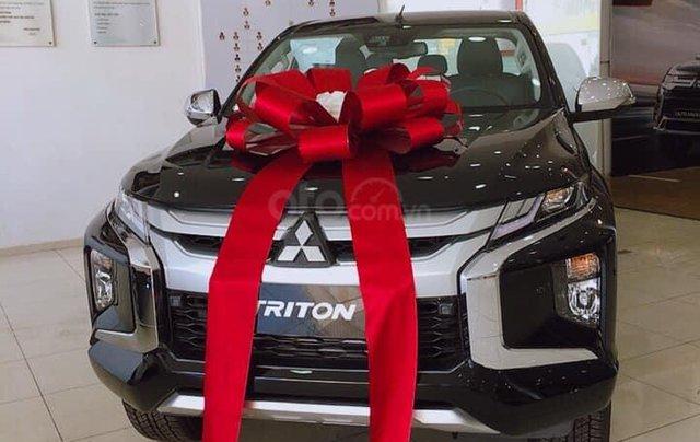 Hỗ trợ mua xe giá thấp chiếc Mitsubishi Triton đời 2020, giao nhanh toàn quốc3