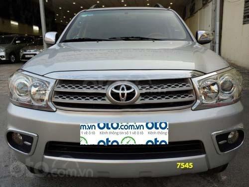 Cần bán gấp với giá ưu đãi nhất chiếc Toyota Fortuner 2.7V 4x4 AT 2009 xe chính chủ còn mới0
