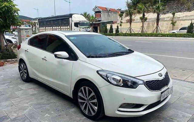 Bán xe Kia K3 sản xuất 2015, màu trắng0