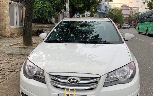 Bán Hyundai Avante năm 2016, màu trắng số sàn, 339tr0