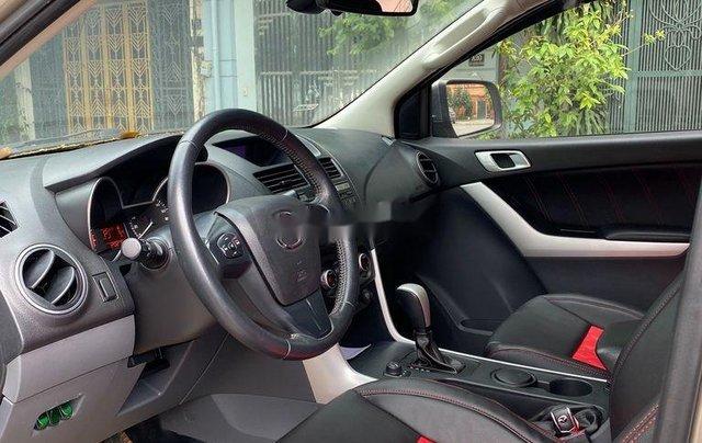 Chính chủ bán Mazda BT 50 năm sản xuất 2015, màu vàng, xe nhập7