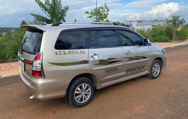 Bán Toyota Innova đời 2015, màu vàng cát, giá 405tr2