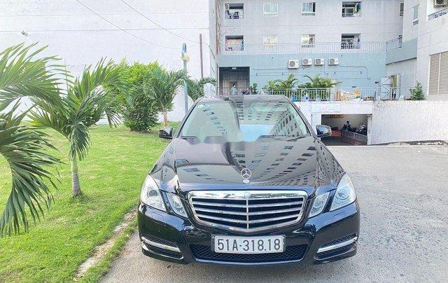 Cần bán xe Mercedes E250 sản xuất 2012, màu đen, giá chỉ 699 triệu0